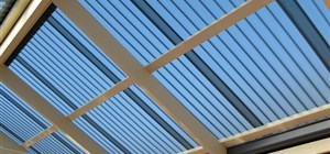 The Difference Between Acrylic and Polycarbonate Roof Sheeting